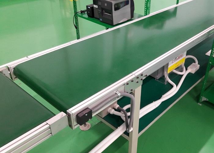 Băng tải được lắp ghép hoàn chỉnh để bàn giao cho khách hàng