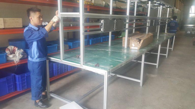 Hệ thống băng tải công nghiệp tự động